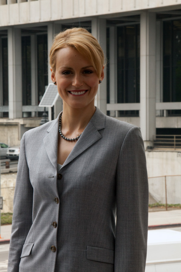 Atlas Shrugged Movie Photo - Taylor Schilling as Dagny Taggart 10